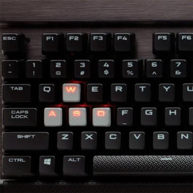 Teclado Gamer Corsair Mecânico Switch Cherry MX Speed, LED vermelho, US, Rapidfire K70 CH-9101024-NA